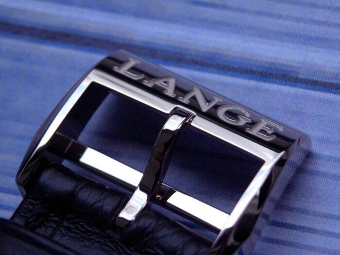 A.ランゲ&ゾーネ 精悍な黒のダイヤルが独自性を放つ「グランド・ランゲ1」-A.LANGE&SÖHNE -R1176430-700x525