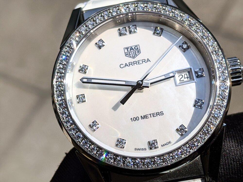 タグホイヤーのレディース時計!スポーティーかつラグジュアリーなデザインが魅力!「カレラ レディ」-TAG Heuer -00100lrPORTRAIT_00100_BURST20200324144918291_COVER