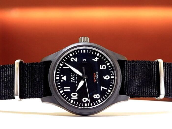 ブラックのセラミックケースが渋い! パイロット・ウォッチ・オートマティック・トップガン IWC-IWC -R1171393-700x525