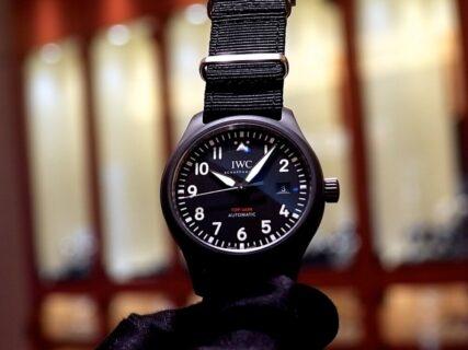 ブラックのセラミックケースが渋い! パイロット・ウォッチ・オートマティック・トップガン IWC