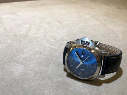 パネライ 海を想起させる色鮮やかなブルー、「ルミノール GMT」をご紹介!44mm、PAM1033