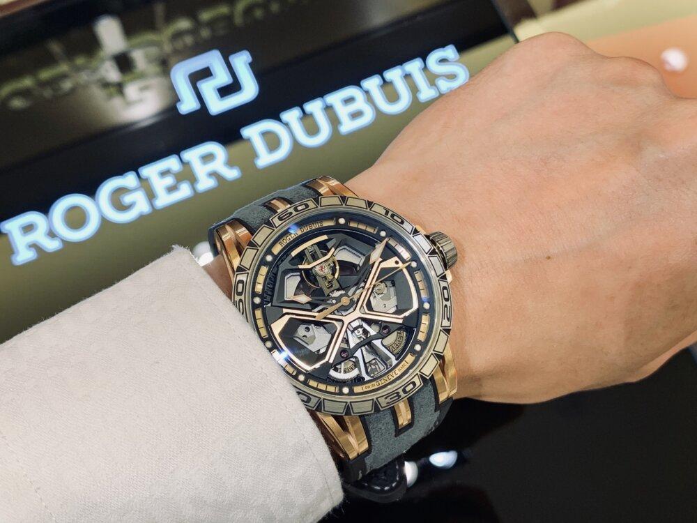 ロジェ・デュブイがお得意とするスケルトン文字盤が魅力!-ROGER DUBUIS -IMG_5158