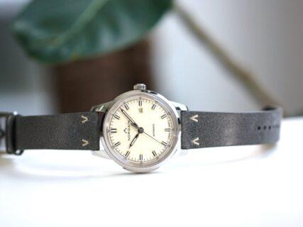 ノルケイン60年代のクラシカルなスイス時計のデザインを踏襲した「フリーダム60」