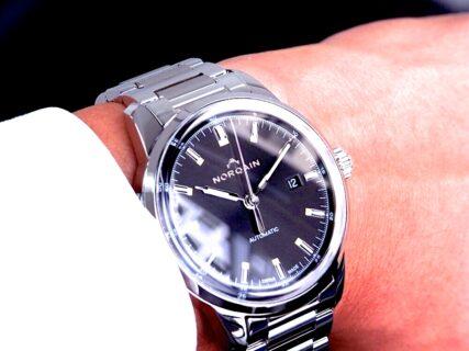 ''光を操る'' 美しいスイス時計 NORQAIN(ノルケイン) フリーダム60 オート
