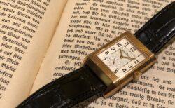 """日常に馴染む金時計 ジャガー・ルクルト、""""レベルソ・クラシック・ラージ・デュオ・スモールセコンド"""""""