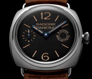 これは渋い!!パネライの最初の時計、オリジナルに敬意を払って再現された「ラジオミール エイトデイズ – 45mm (PAM00992)」