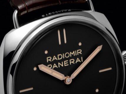 イタリア海軍の特殊潜水部隊のために製作した試作品に由来「ラジオミール S.L.C PAM00425」PANERAI(パネライ)