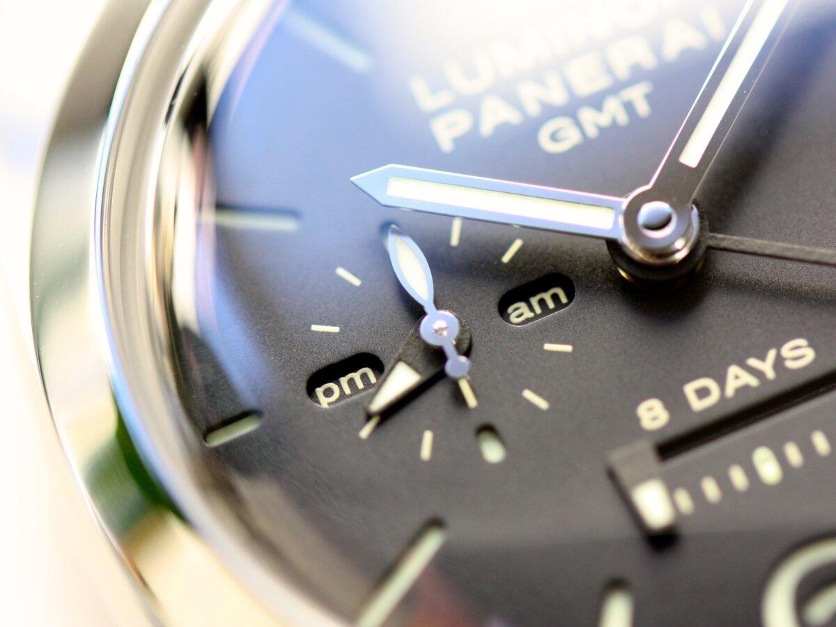 速報!奇跡の入荷!パネライの傑作モデル「ルミノール 1950 8デイズ GMT(PAM00233)」-PANERAI -IMG_1136