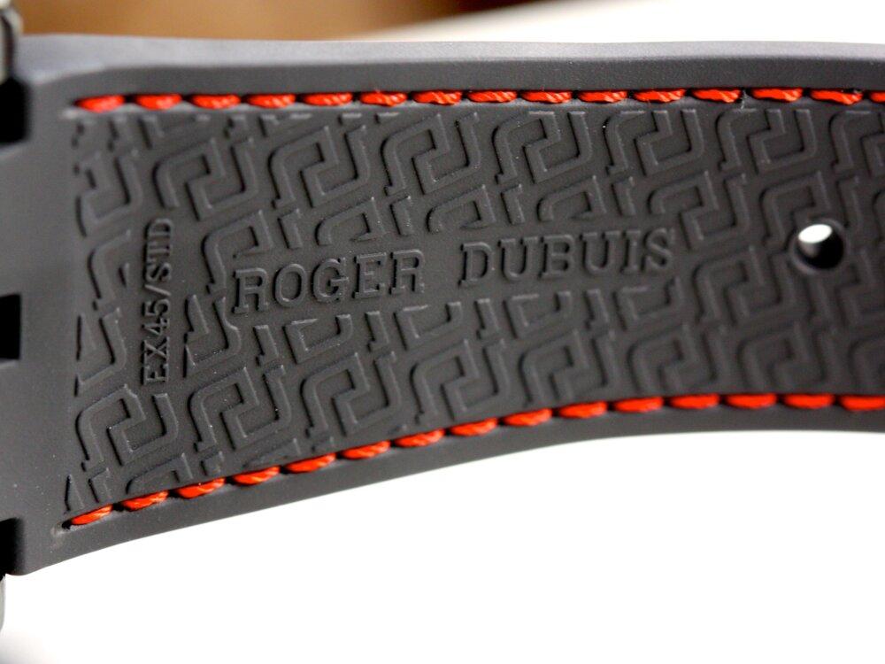 ロジェ・デュブイ ブラックDLC加工をケースに施した「エクスカリバー45オートマティック」-ROGER DUBUIS -IMG_9337