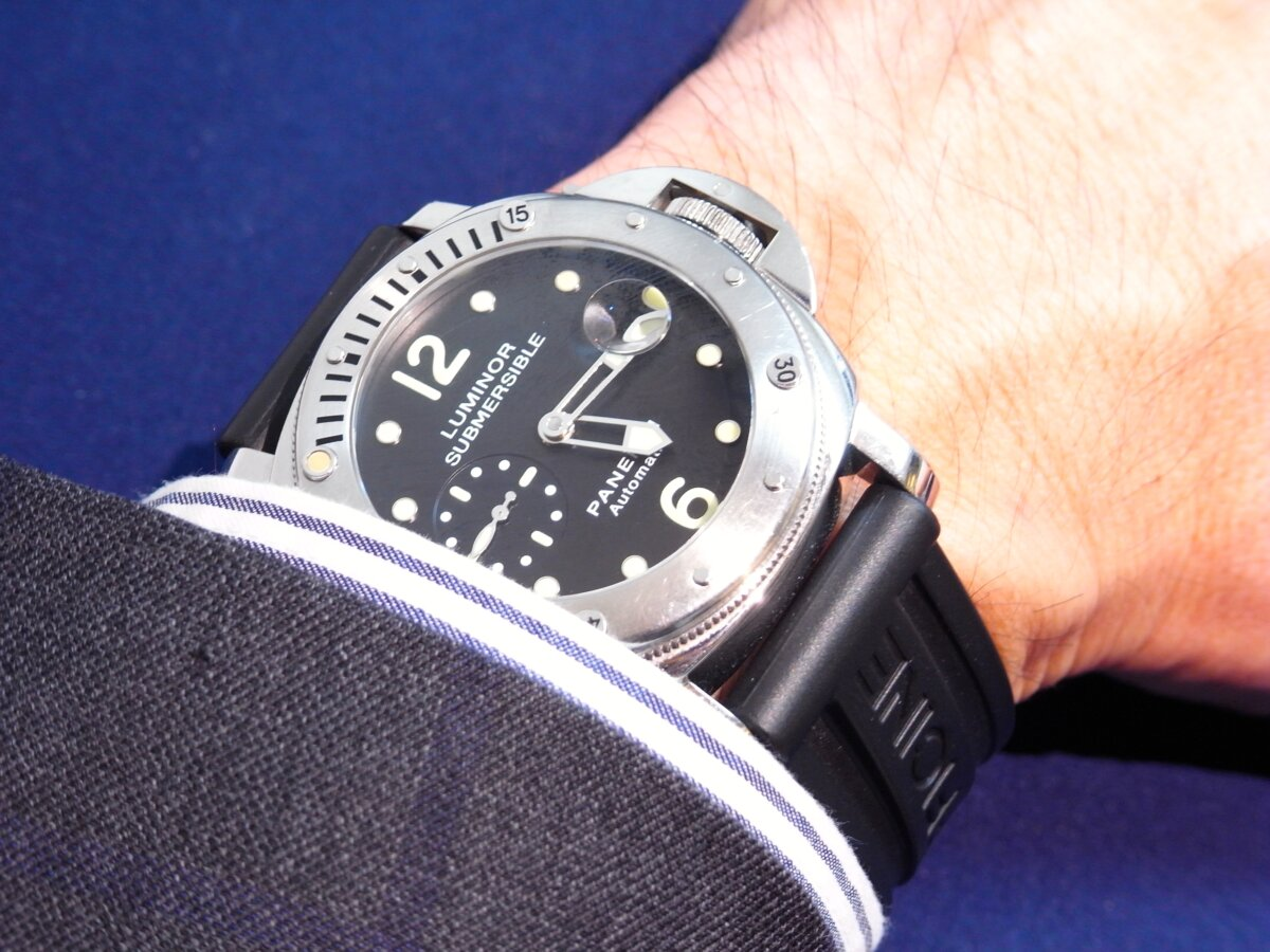 店長の愛用時計、パネライ「ルミノール サブマーシブル」のご紹介 - PANERAI スタッフ着用時計 その他