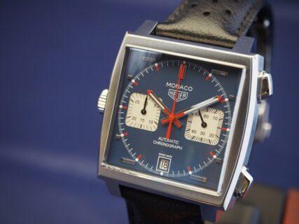 通な人々に好まれる角形時計の傑作!タグホイヤー 栄光のモナコ