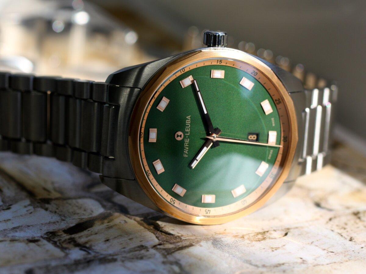 スイスの歴史ある時計ブランド「ファーブル・ルーバ」からグリーン文字盤を採用「スカイチーフデイト」 - FAVRE-LEUBA