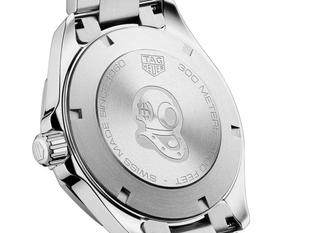 タグ・ホイヤーの堅牢な時計の6つの機能が詰まった「アクアレーサー」-TAG Heuer -878a30cc180b484cc9e11602dc8836ef