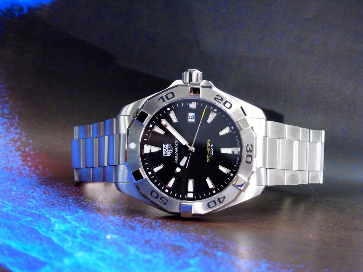 タグ・ホイヤーの堅牢な時計の6つの機能が詰まった「アクアレーサー」-TAG Heuer -R0014112