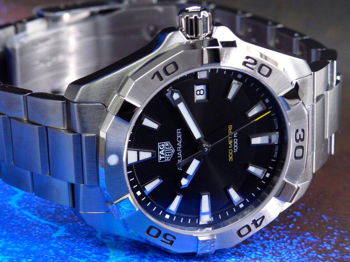 タグ・ホイヤーの堅牢な時計の6つの機能が詰まった「アクアレーサー」-TAG Heuer -R0014121