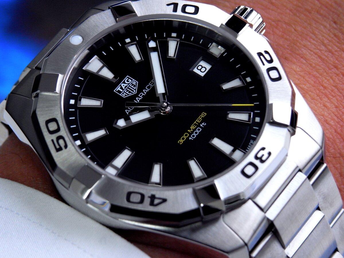 タグ・ホイヤーの堅牢な時計の6つの機能が詰まった「アクアレーサー」-TAG Heuer -R0014125-1