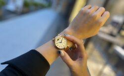 手元を優雅に飾る大人時計 IWC『ダ・ヴィンチ・オートマティック・ムーンフェイズ36』