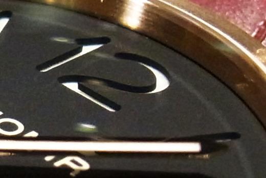 ブログをいつもご覧頂いている皆様に、挑戦状です!この時計はPAM・・・・でしょうか?!