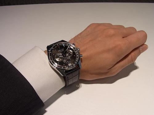伊藤×休日に着けたい時計はBAUME&MERCIER リネア 2重巻き