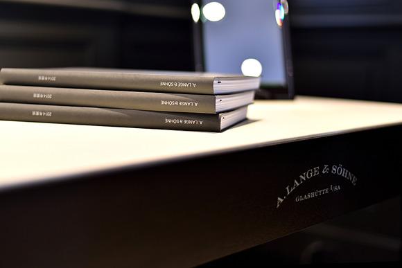 A.ランゲ&ゾーネより2014年度版 カタログ到着しました。