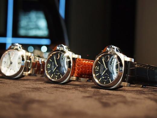 今日のPANERAIは当店にあるルミノール40mmコレクション。
