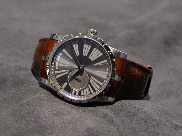 World Watch Fair×ロジェデュブイは、定番モデル、店頭にございます。