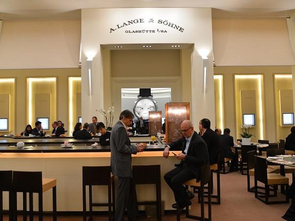 A.ランゲ&ゾーネ 2015年のブースをご紹介。-▶SIHH WW A.LANGE&SÖHNE -0309cf97-s