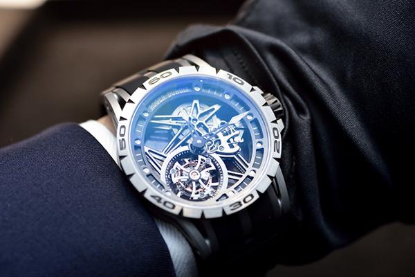 ロジェ・デュブイ 2015年新作 エクスカリバースパイダー フライングトゥールビヨン スケルトン DBEX0479-▶SIHH|WW ROGER DUBUIS -1330c1c8-s