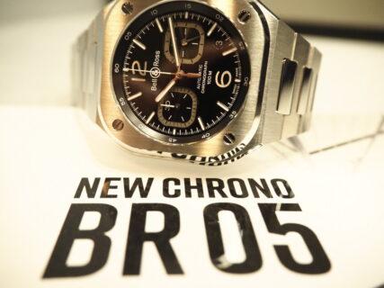 アーバンスタイルに相応しいクロノグラフモデル「BR 05 CHRONO BLACK STEEL」