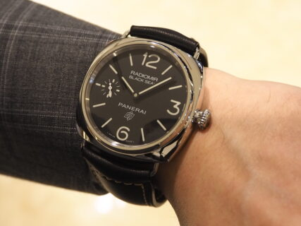パネライの時計作りのルーツを感じる事が出来る「ラジオミール ブラックシール ロゴ PAM00754」
