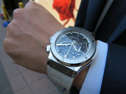 清潔感溢れる魅惑のモデル!オールホワイトな腕時計 ウブロ「アエロ・フュージョン オールホワイト」