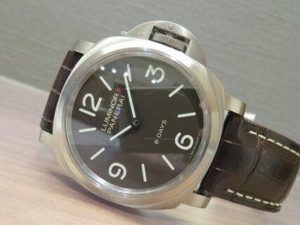 チタン素材を採用した驚きの軽量感の手巻きモデル「ルミノール ベース PAM00562」