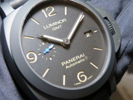 仕様変更を経てスタイリッシュに生まれ変わったセラミックモデル「ルミノール GMT PAM1441」