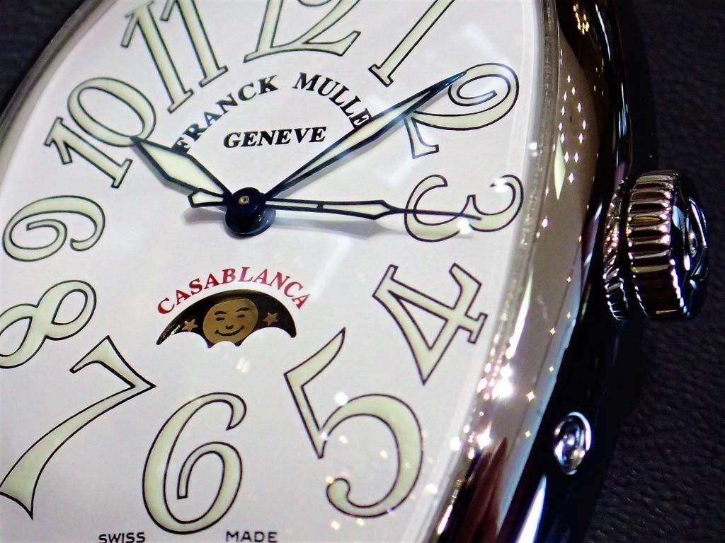 一緒に旅をする時計…『カサブランカ ルナ』(6850CL AC)