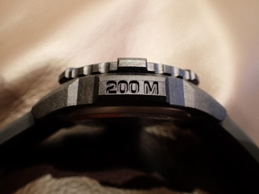男らしい無骨なルミノックスに新たな定番が誕生-Luminox -P9190012