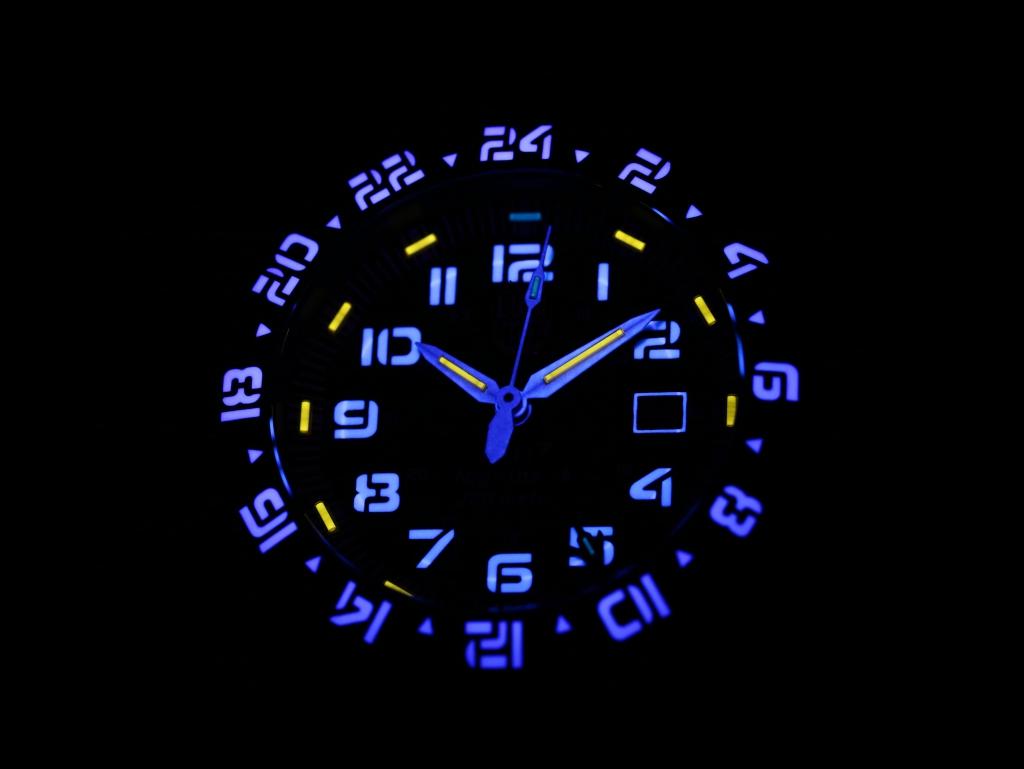 史上最高の視認性を確保したステルスモチーフのルミノックス「F-117 Nighthawk」-Luminox -IMG_4870