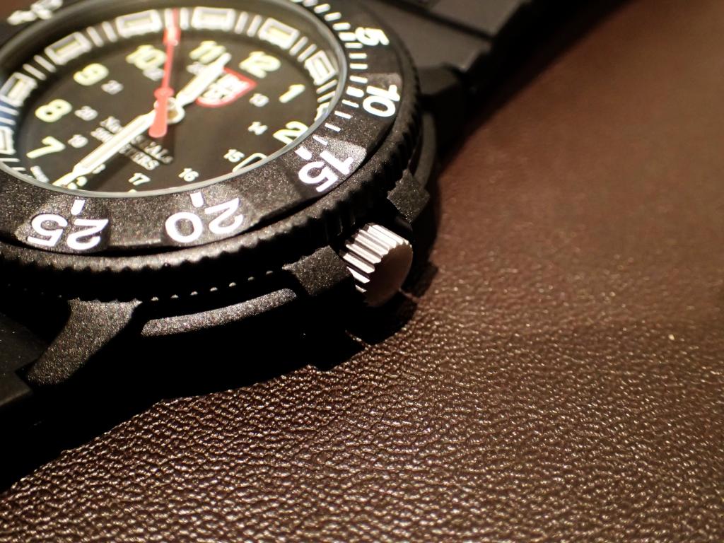 Navy SEALsを感じる究極の1本 3001RH.JL 日本限定-Luminox -P1050222