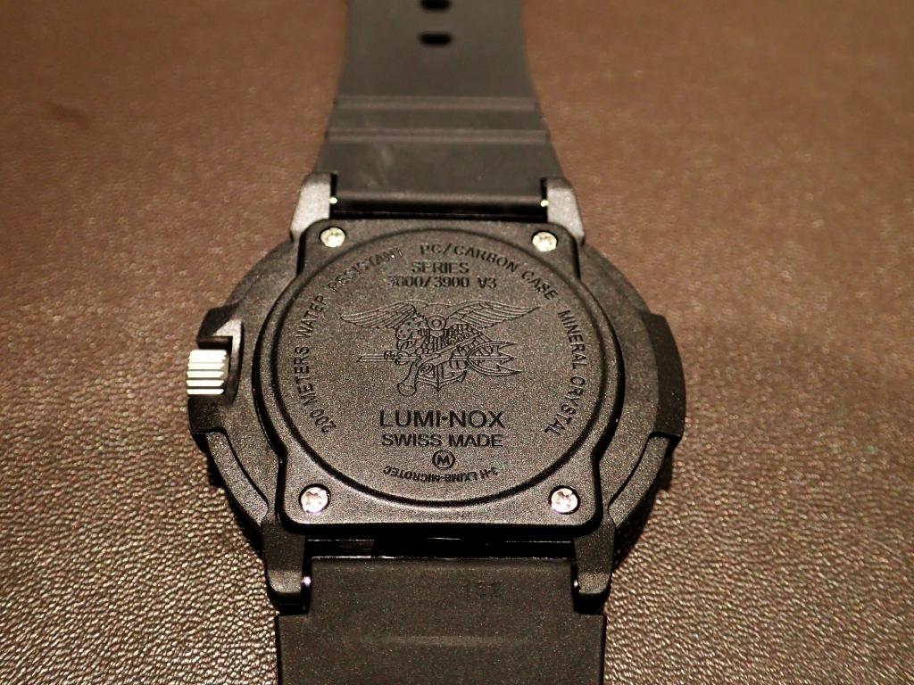 Navy SEALsを感じる究極の1本 3001RH.JL 日本限定-Luminox -P1050224