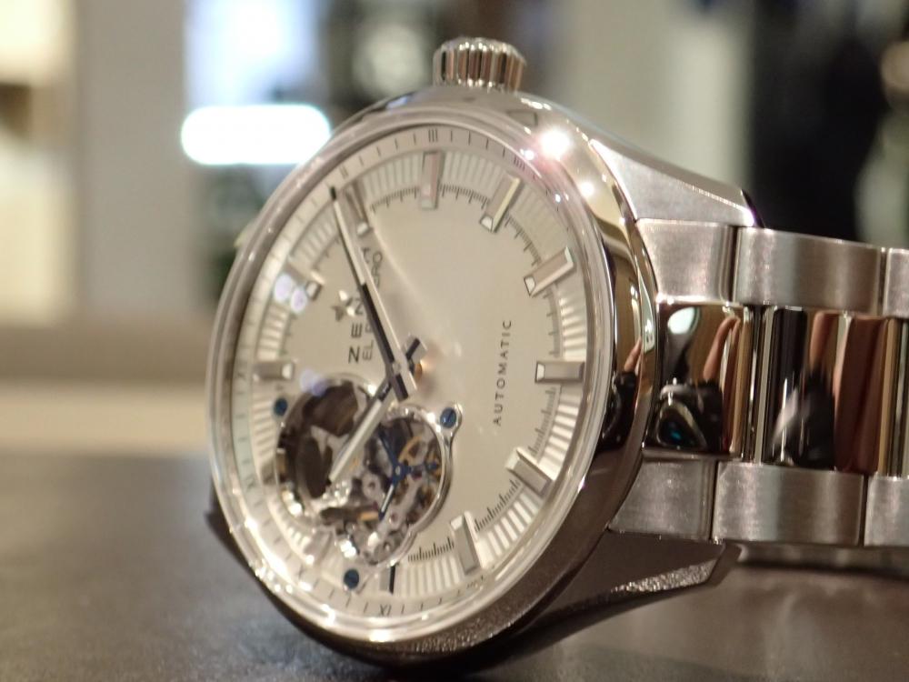 ラストチャンスです! 一味違うシンプルな時計 ゼニス シノプシス