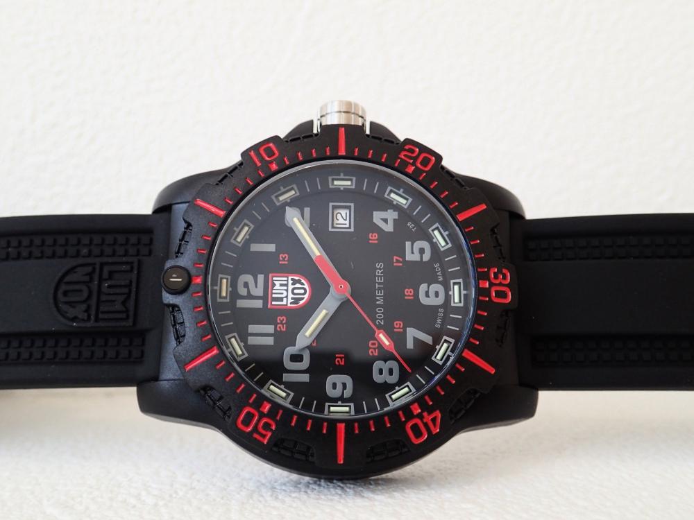 特殊部隊員の腕元を想定したハイスタンダード仕様モデル「ルミノックス・ブラックオプス8880シリーズ」-Luminox -P3121102
