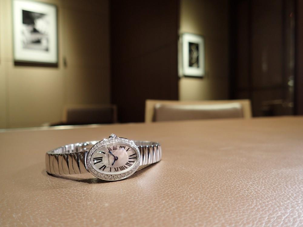 完売していたカルティエの名作 ベニュワールが再入荷しました!-Cartier -P5070066