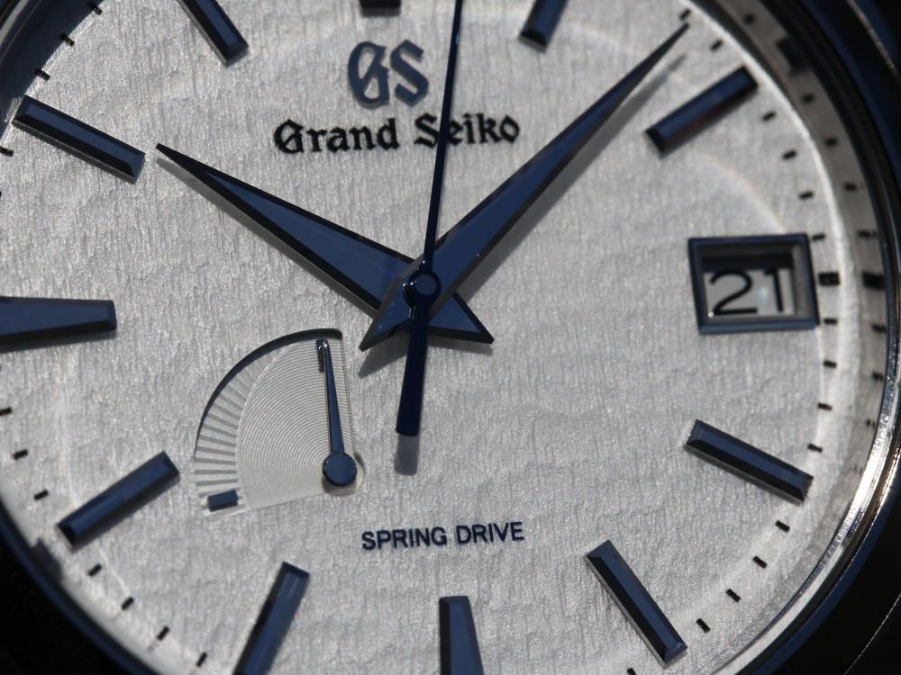 グランドセイコー ブラック文字盤に印象的な赤が映える SBGJ203-Grand Seiko -MG_8397