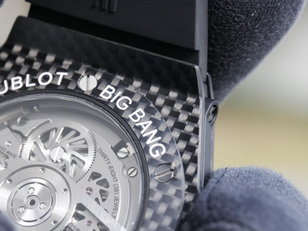 ウブロフェア目玉商品! 生産終了モデル カーボンモデルを手に入れるラストチャンス!は完売-HUBLOT -MG_9183