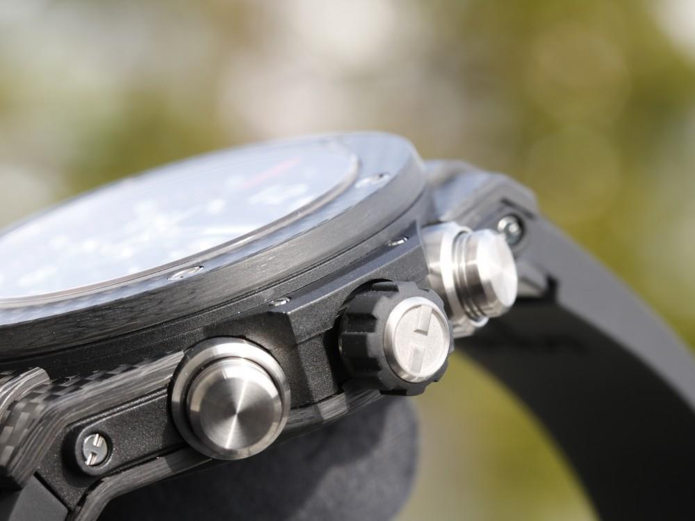 ウブロフェア目玉商品! 生産終了モデル カーボンモデルを手に入れるラストチャンス!は完売-HUBLOT -MG_9185