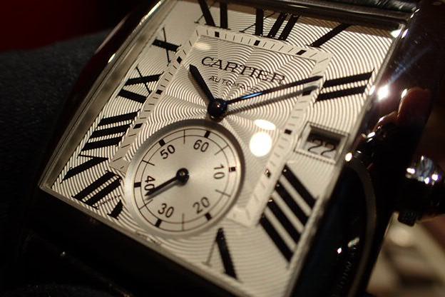 ビジネスシーンでも大活躍間違いなし!カルティエタンクMC-Cartier -P1050002