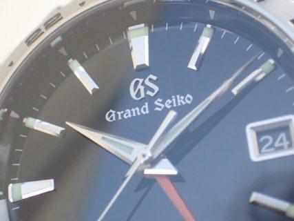 1本持ってると凄く便利なクォーツ時計~グランドセイコーで清楚に…