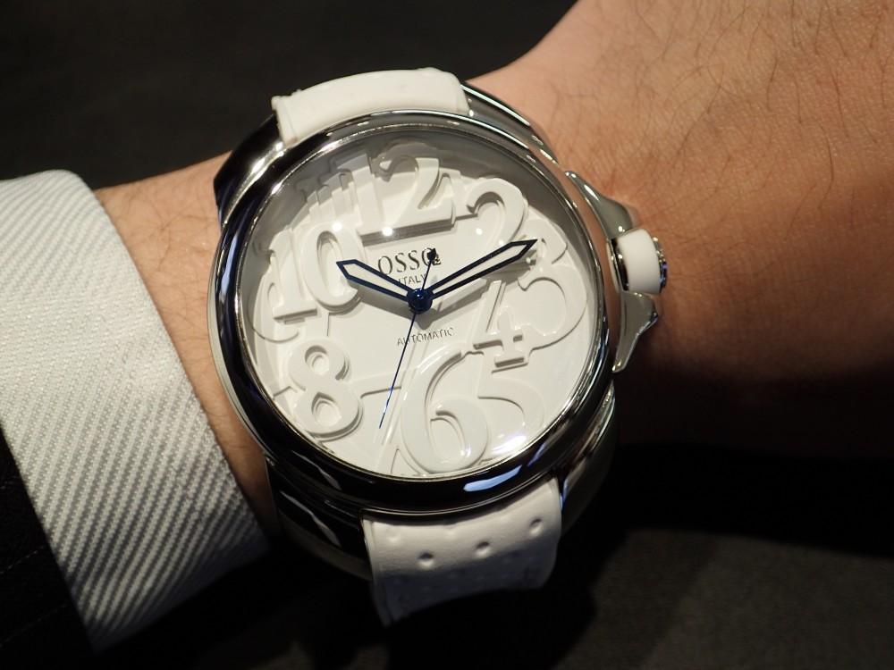 個性的な時計に注目 オッソイタリィ ヴィゴローソ-OSSO ITALY -P2010060