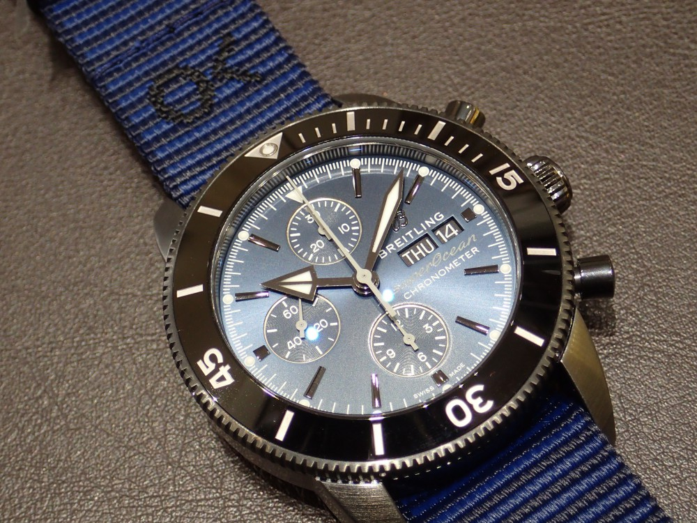 リサイクル素材でベルトを作った時計でecoを感じる ブライトリング スーパーオーシャン・ヘリテージⅡクロノグラフ44アウターノウン-BREITLING -P2140209