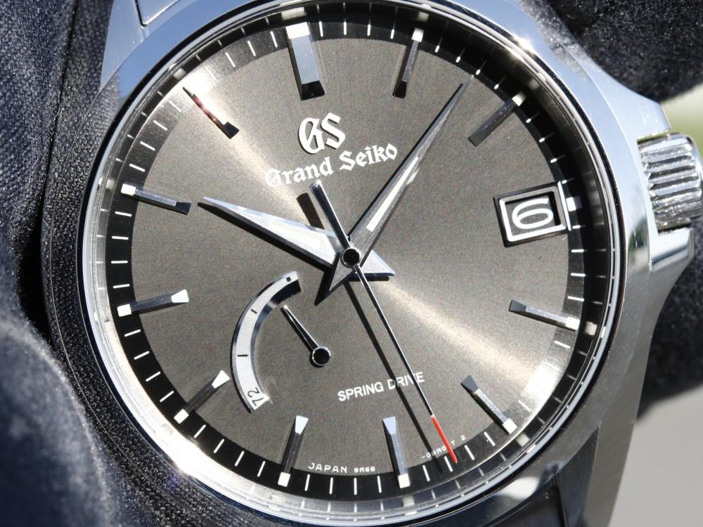 流行に左右されず永く使える1本と言えばグランドセイコー SBGA273-Grand Seiko -MG_0687