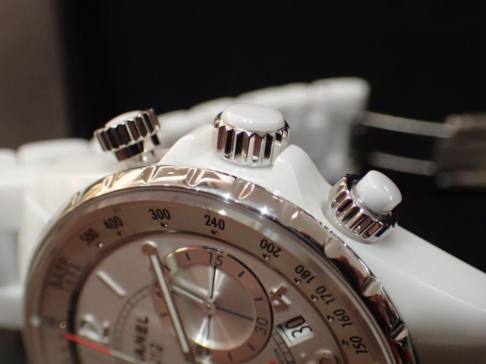 時計が映える季節J12 スーパーレッジェーラで腕元をスポーティ&爽やかに-CHANEL -P5101115